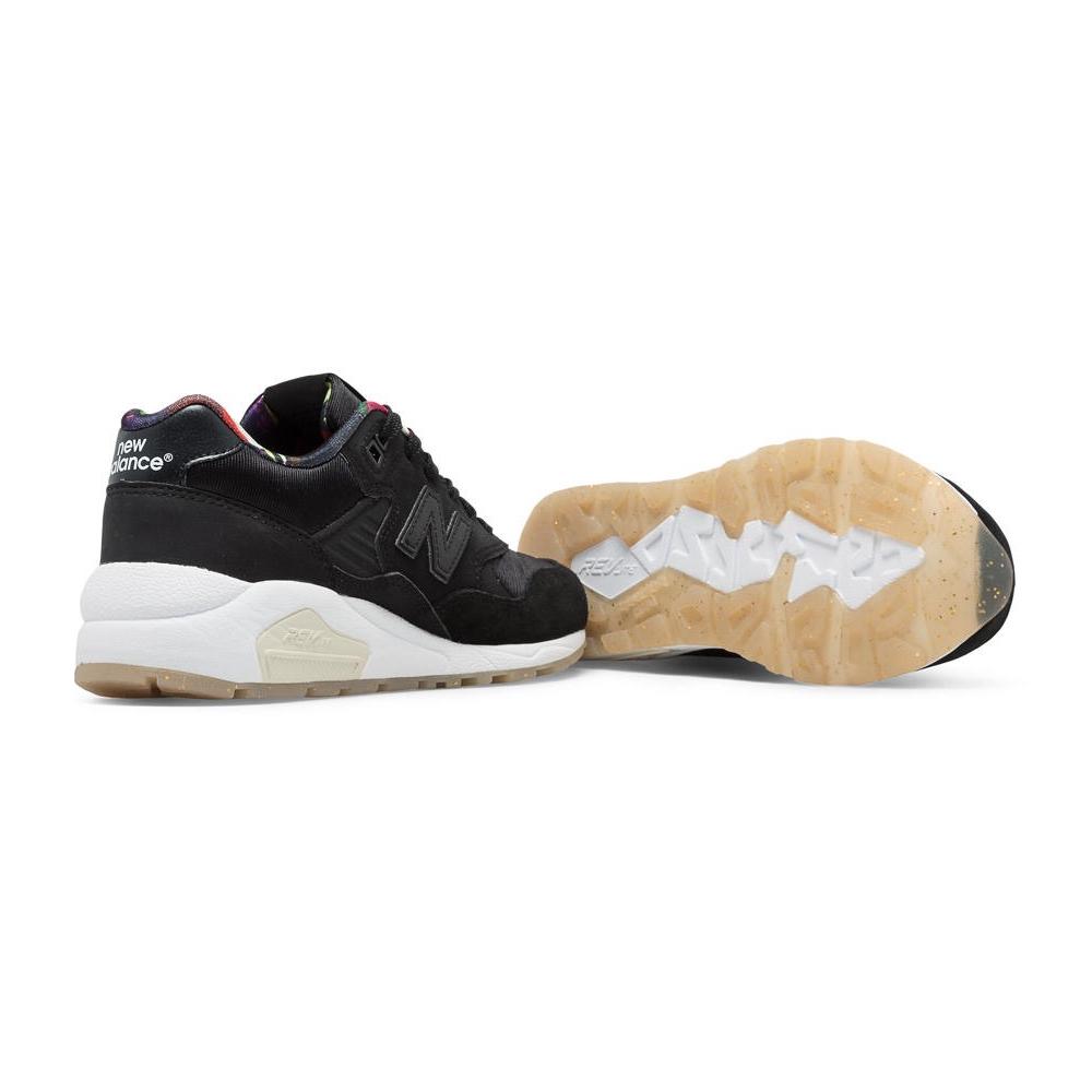 e3db353e8932c New Balance Sneakers   Grabr Shop Abroad